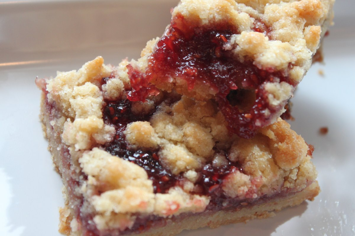 raspberry apple crumble raspberry crumb coffee cake raspberry almond ...