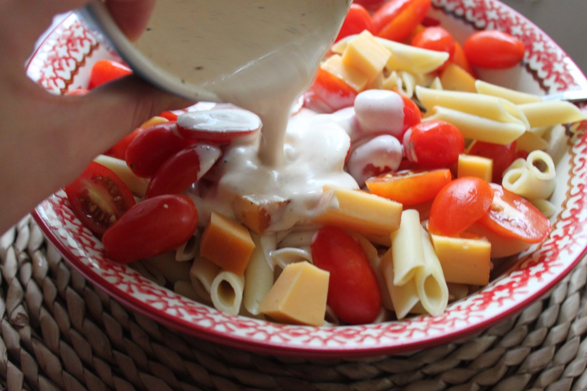 Spicy Pasta Salad with Smoked Gouda, Tomatoes and Basil - Baker by ...