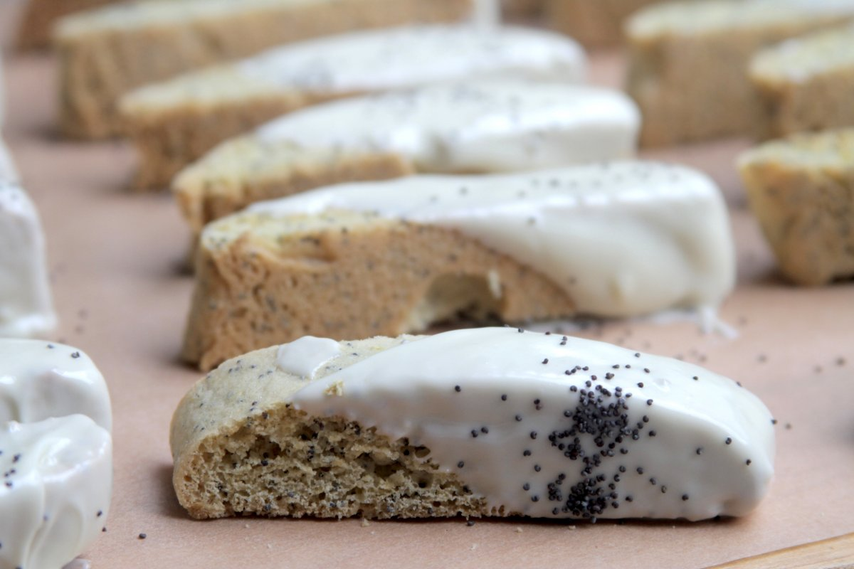Lemon Poppy Seed Biscotti Dipped in White Chocolate