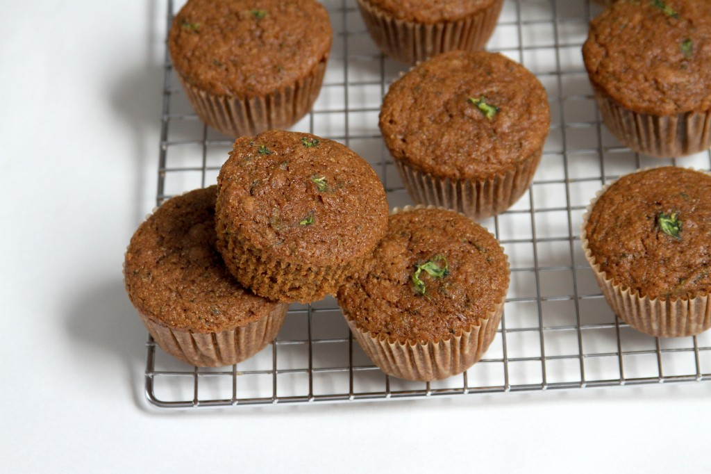 To keep these muffins 100% sweet, moist, and all around lovely, I ...