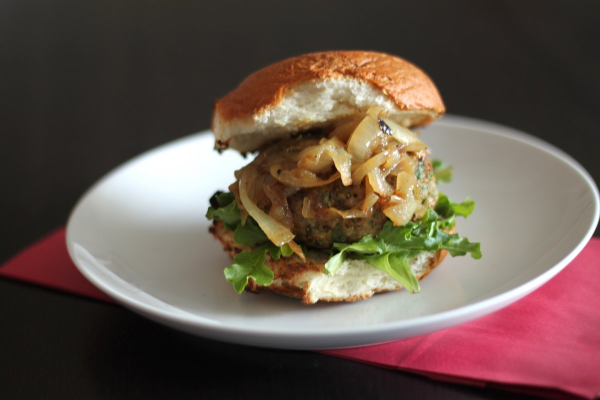 Man Cave Turkey Burgers : The cent chef recipes from man cave manifesto