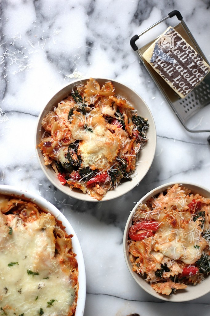 https://bakerbynature.com/super-cheesy-kale-and-roasted-red-pepper-pasta-bake/
