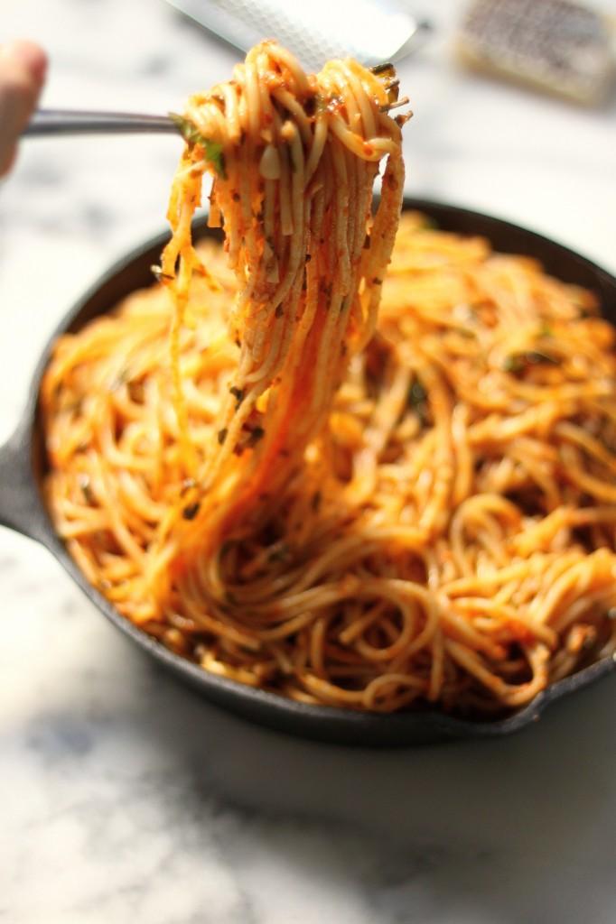 simple-spaghetti-fra-diavolo/