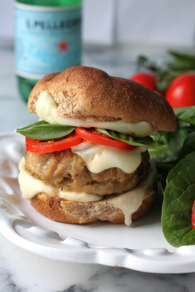 Sunday Suppers: Chicken Caprese Burgers