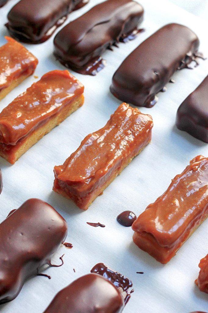 "Dark Chocolate and Salted Caramel ""Twix"" Bars"
