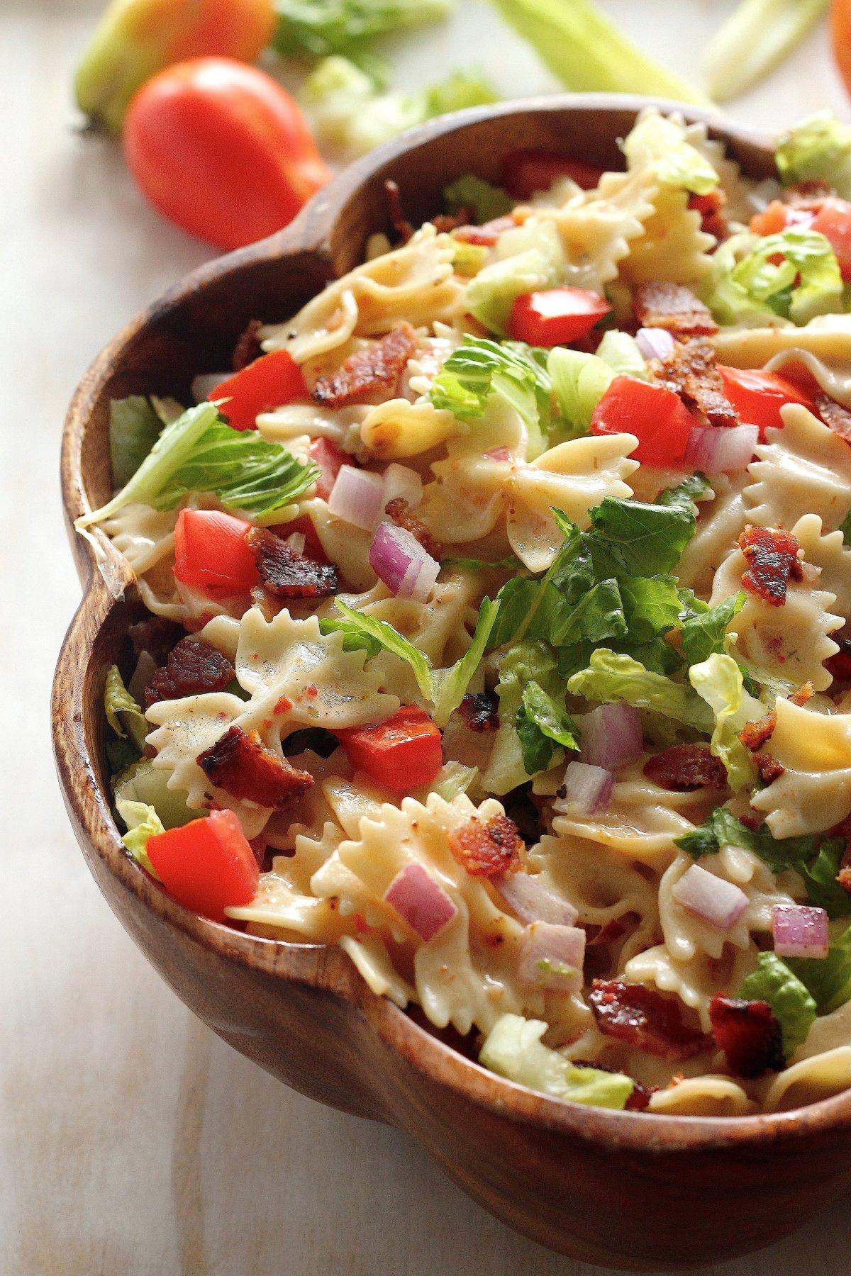 20 Minute Blt Easy Pasta Salad Baker By Nature Bloglovin