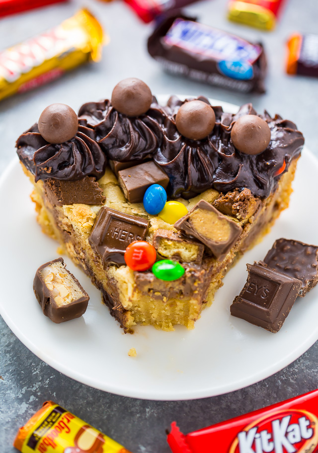 This easy to make Halloween Candy Cookie Cake is the perfect way to use up leftover candy! A hit with kids and adults!