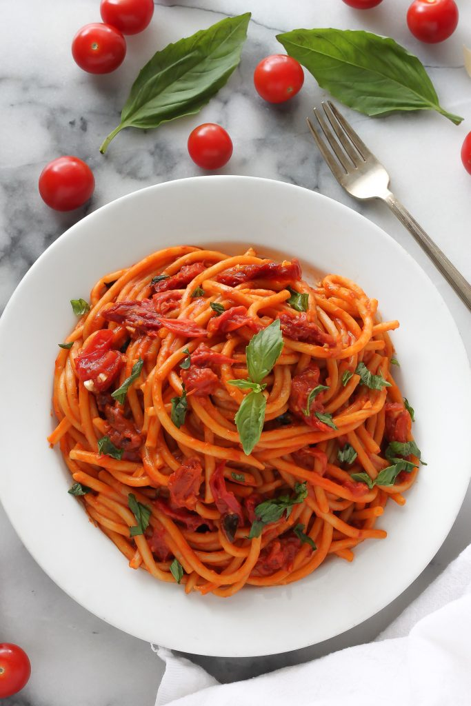 One-Pan Tomato Basil Pasta
