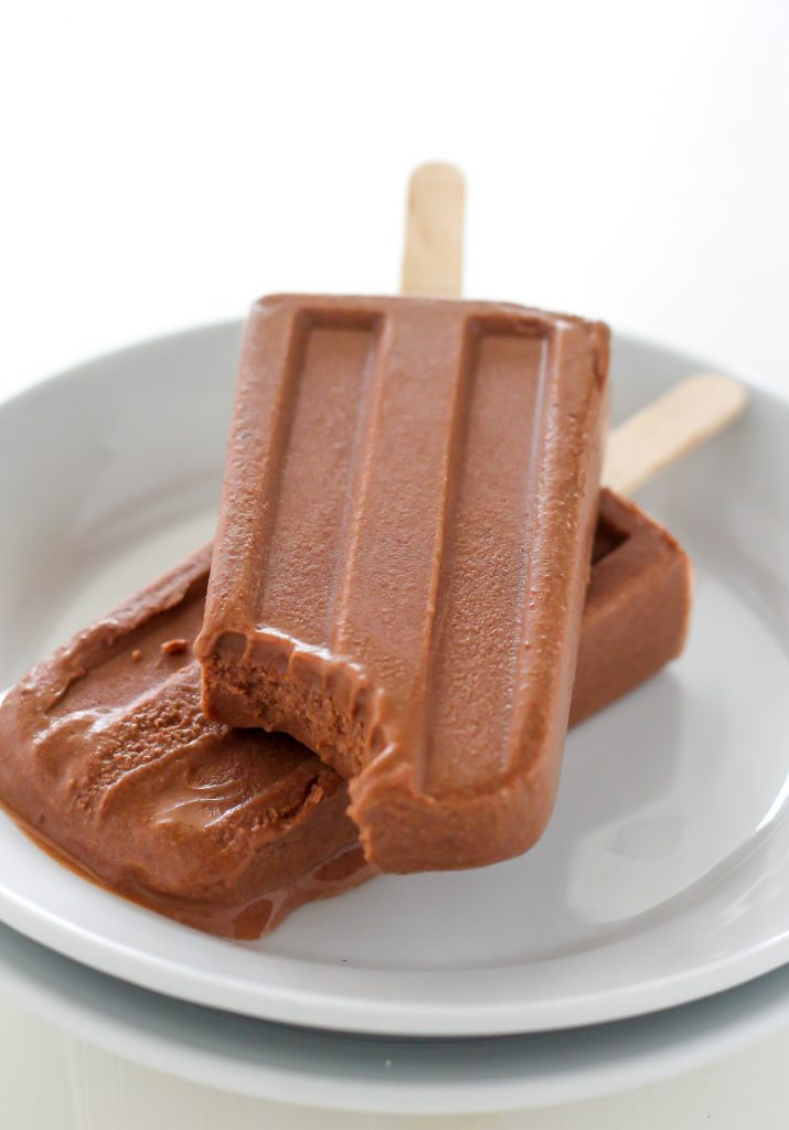 Healthy Greek Yogurt Chocolate Fudge Pops