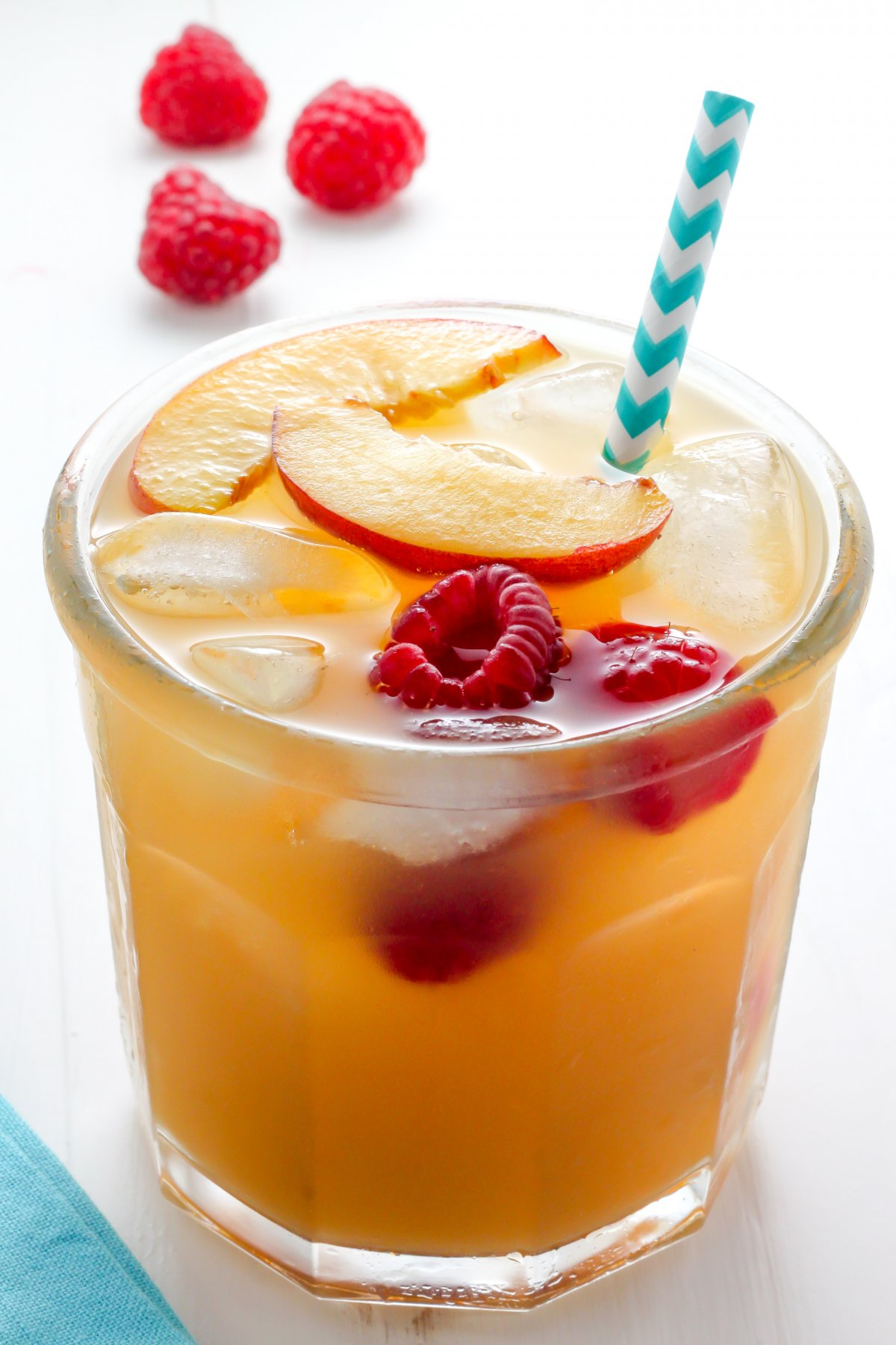 peach puree, red raspberries, black tea, and fresh squeezed lemonade ...