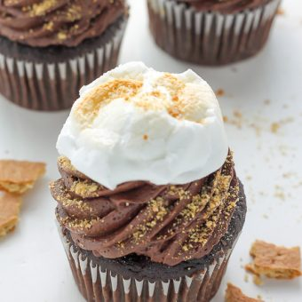 Nutella Stuffed S'mores Cupcakes