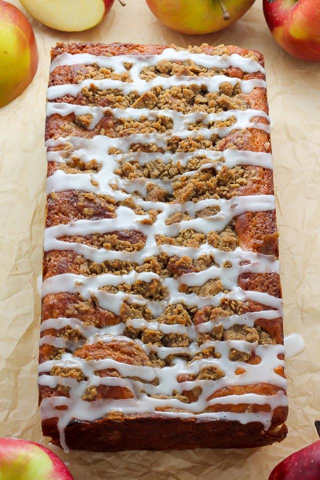 Cinnamon Swirl Apple Crumb Cake