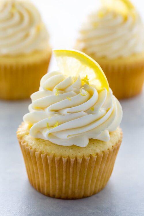 One-Bowl Lemon Ricotta Cupcakes!