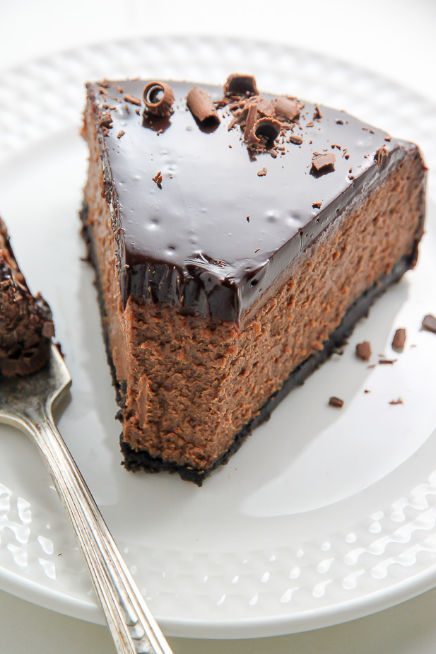 Oreo Crusted Chocolate Cheesecake topped with Chocolate Ganache and ...
