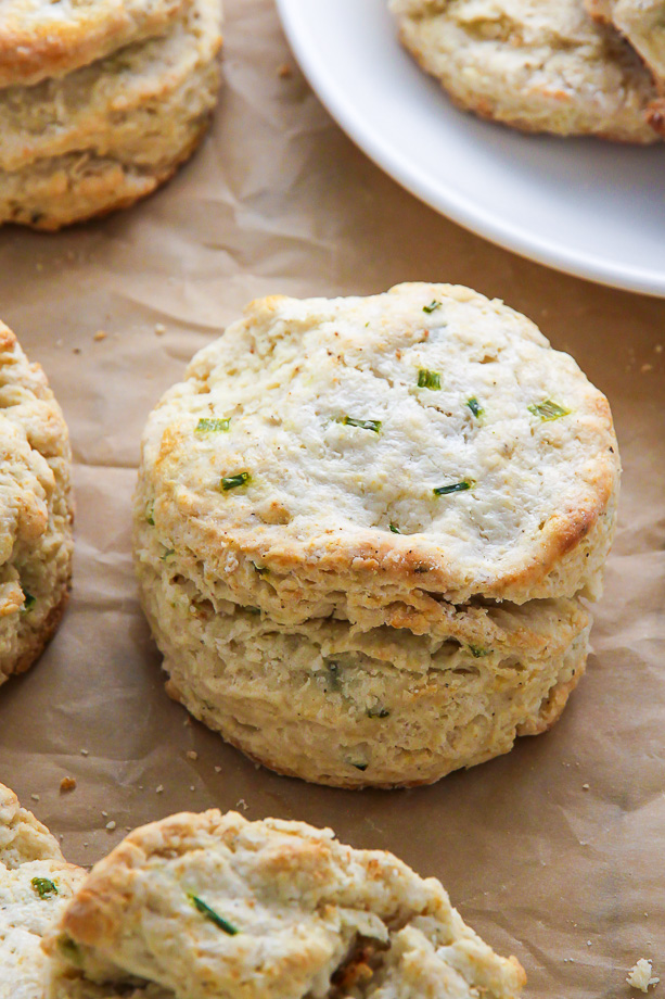 Fluffy and flavorful sour cream and chive scones! A great choice for breakfast, brunch, or dinner.