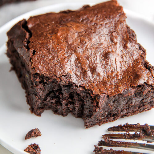 Outrageously Amazing One Bowl 5-Ingredient Brownies