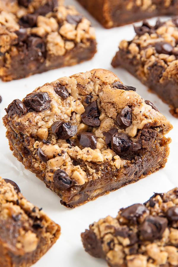 Thick and chewy brown butter blondies loaded with toffee and chocolate covered espresso beans! HEAVEN.
