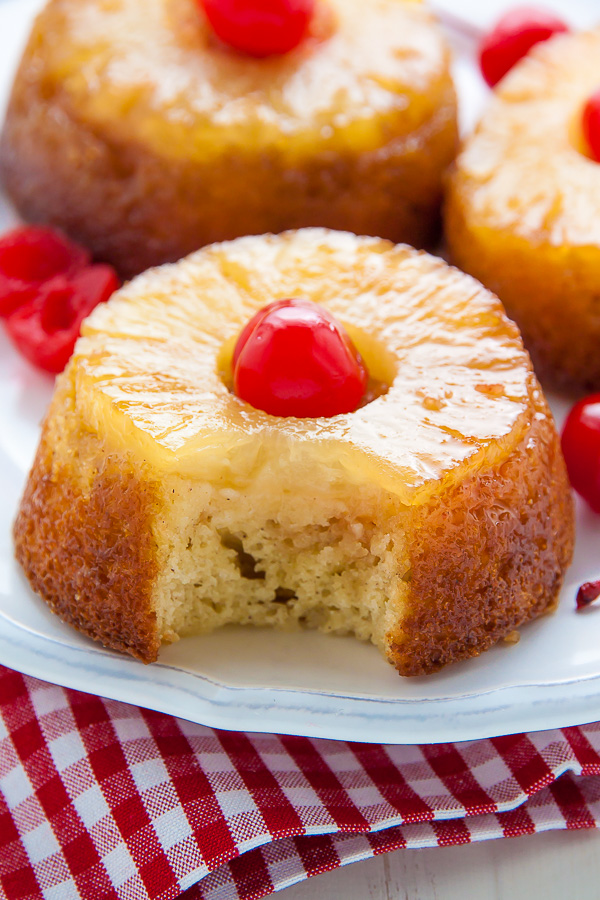 images How to Make a Rum Cake