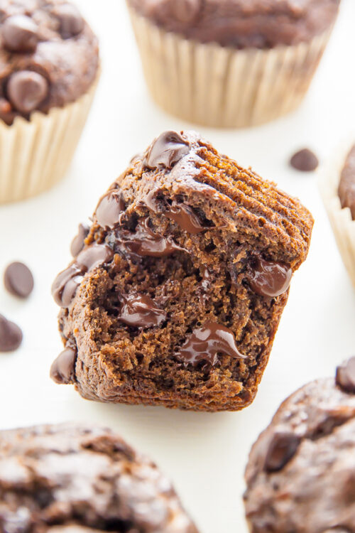 Healthy Double Chocolate Banana Muffins! Devilishly decadent and only 181 calories per serving.