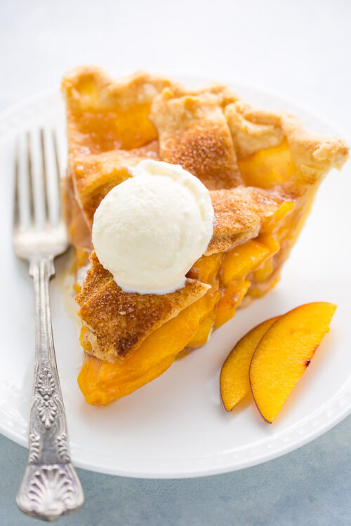 Cinnamon Sugar Peach Pie! This recipe is the BEST we've ever tried. Tons of tips in tricks make it easy to bake!