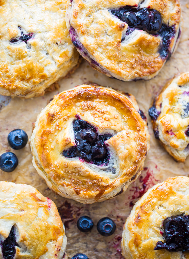 Sweet and Simple Blueberry Hand Pies! Perfect for serving a crowd.