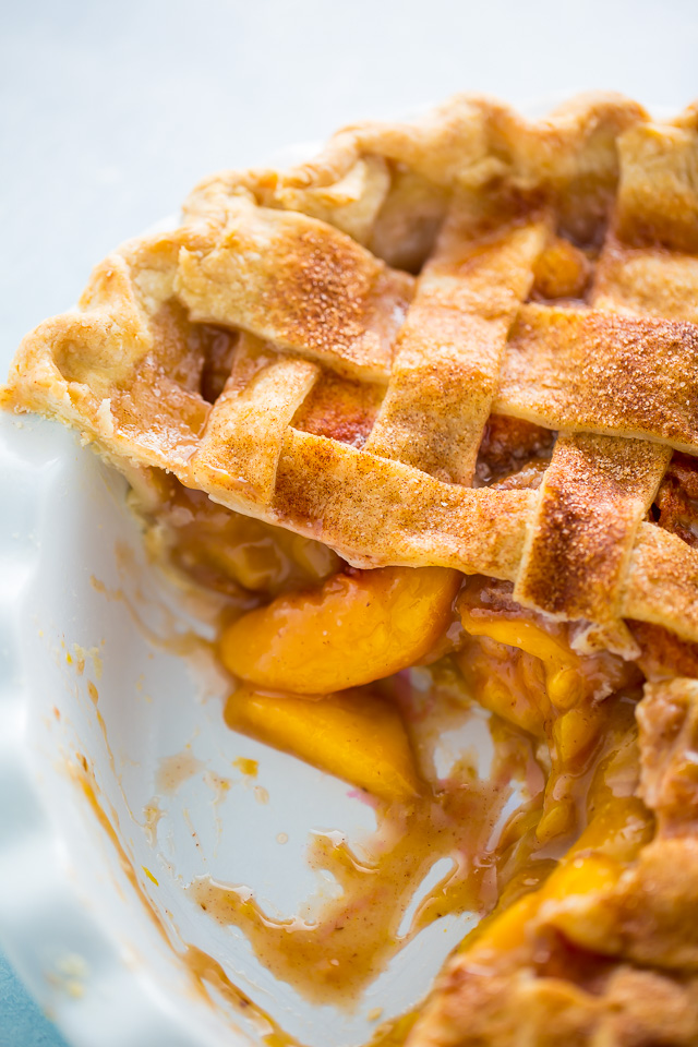 Peach pie with juicy peach filling.