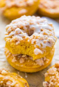 Pumpkin Coffee Cake Donuts are the ultimate breakfast treat! Baked, not fried, and ready in less than 30 minutes.