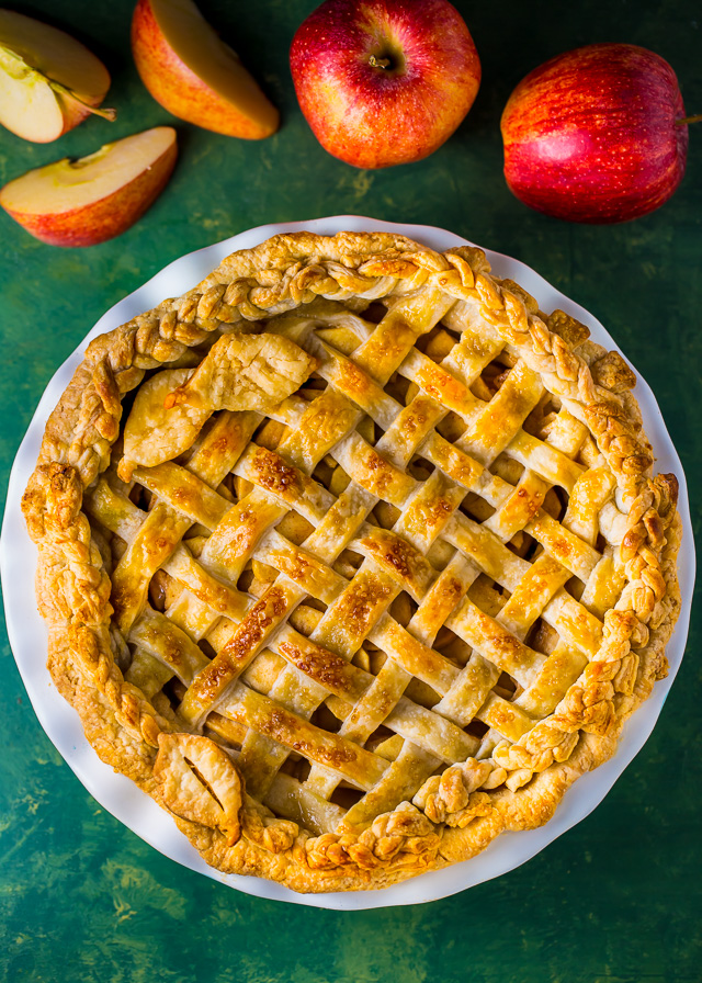 Old-Fashioned Apple Pie - Martha Stewart 11