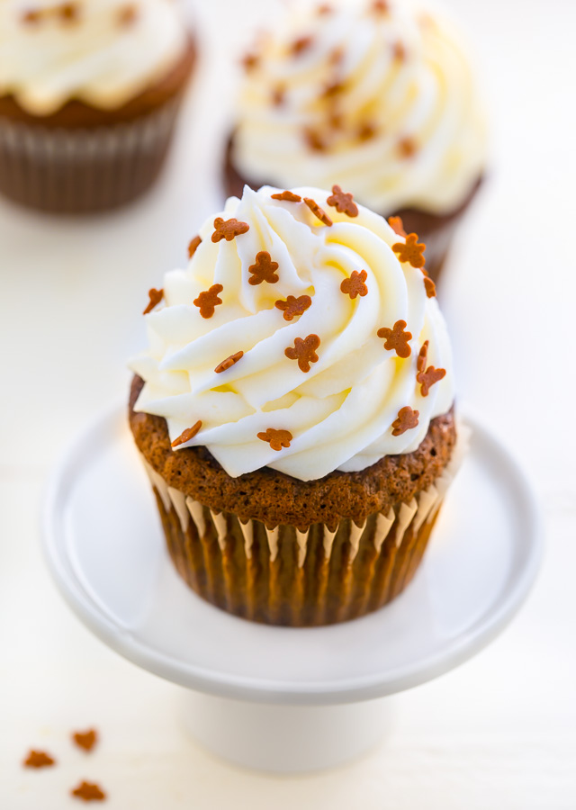 Gingerbread Latte Cupcakes! These are sure to be the hit of your holiday party!