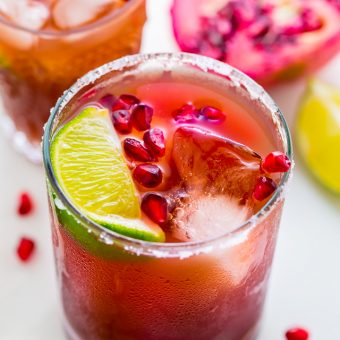 Easy Pomegranate Margaritas