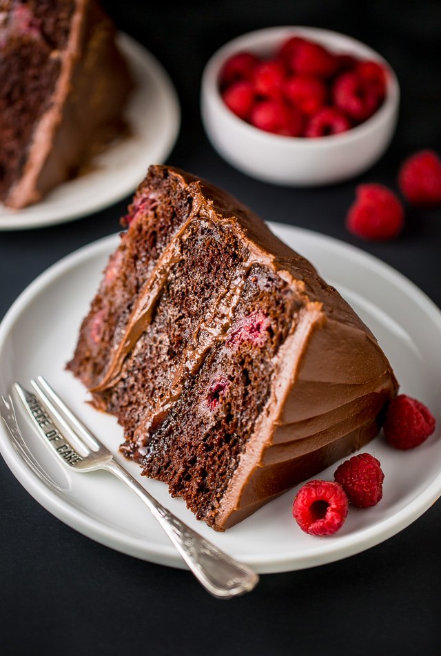 Easy Chocolate Raspberry Cake Recipe