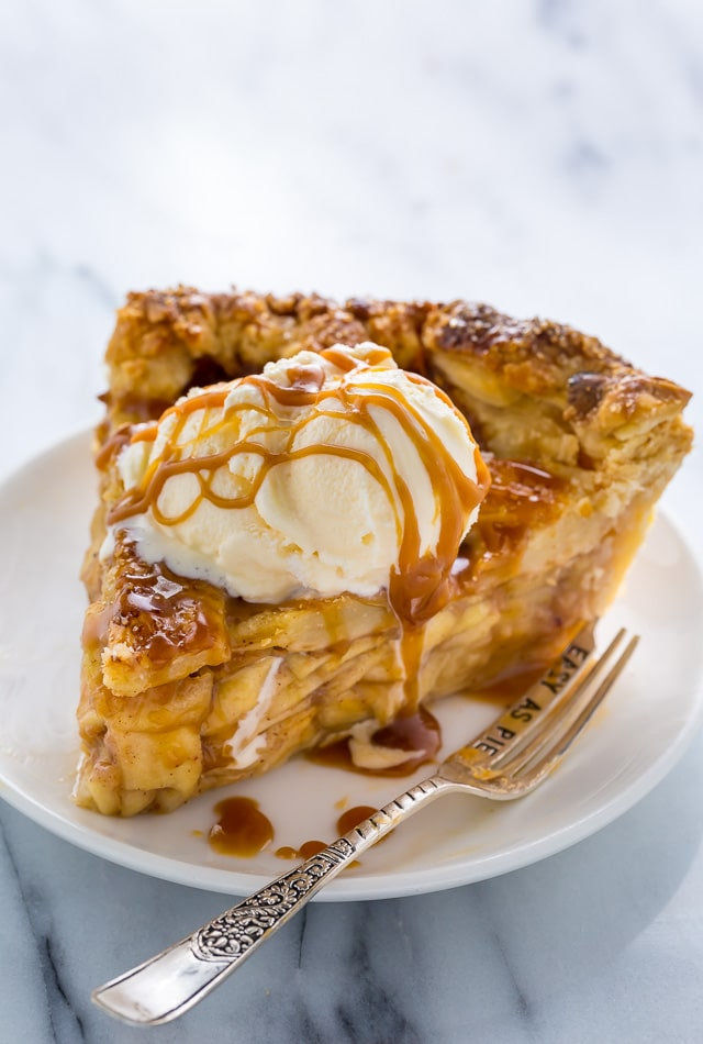 The BEST Salted Caramel Apple Pie! You'll want to make this all Fall. Includes pie crust and salted caramel recipes, too!