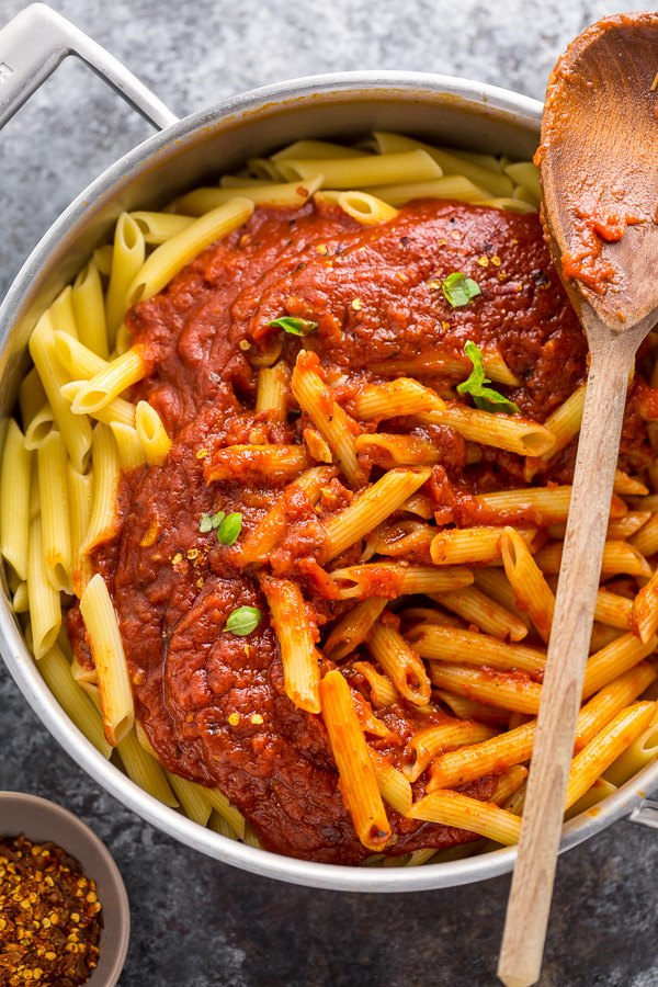 Penne with Spicy Arrabbiata Sauce