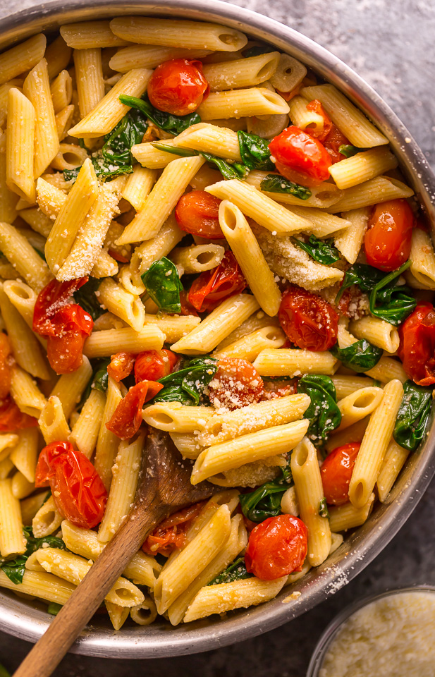 Easy Tomato and Spinach Pasta 123456 (1 of 1)