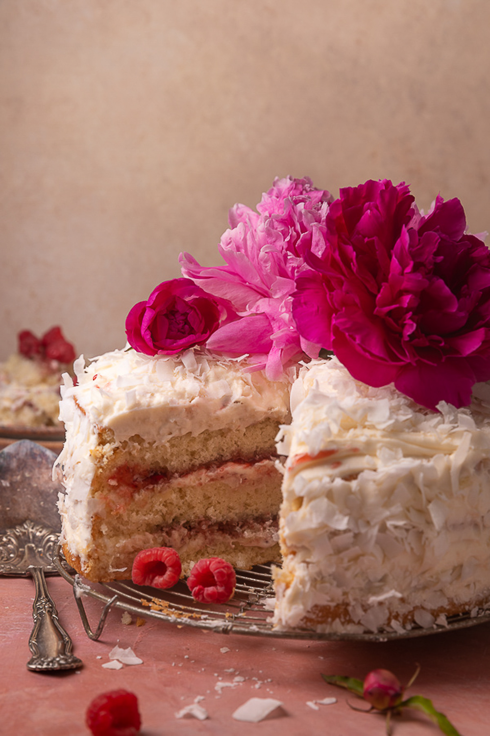 17 absolutely stunning birthday cake recipes that are perfect for almost any occasion!