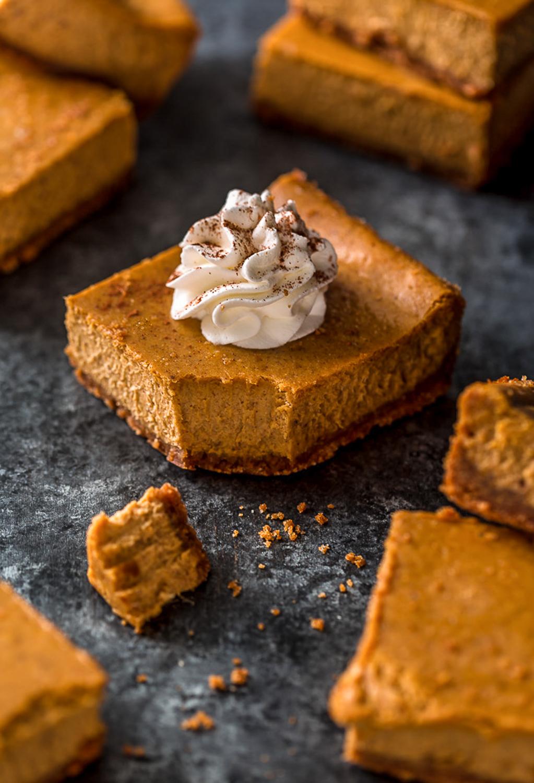 Pumpkin Pie Cheesecake Bars